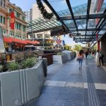 christmas decorations in queen street mall brisbane